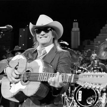 Doug Sahm onstage at Austin City Limits 1990. (Courtesy New West Records)