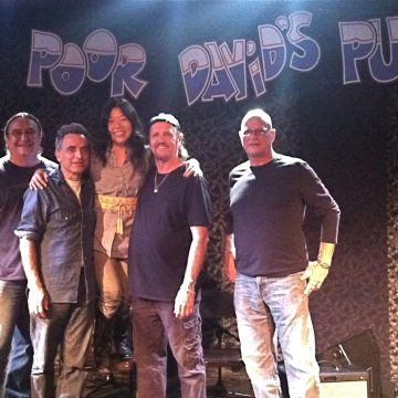 Poor David's Punters: Bobby Kallus, Michael Fracasso, BettySoo, Jimmy LaFave and Glenn Schuetz (Photo by Tiffany Walker0