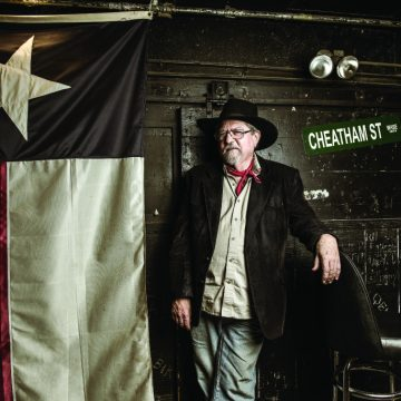 Kent Finlay at Cheatham Street Warehouse. (Photo by Valerie Fremin)