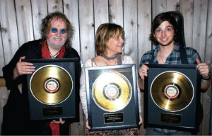 Ray Wylie, Judy and Lucas Hubbard (Photo by Lynne Margolis)