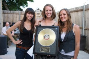 Savannah Welch, Jamie Wilson and Kelley Mickwee of the Trishas (Photo by Lynne Margolis)