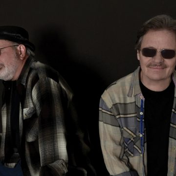 Glen Clark and Delbert McClinton (Photo by Mary Keating Bruton)