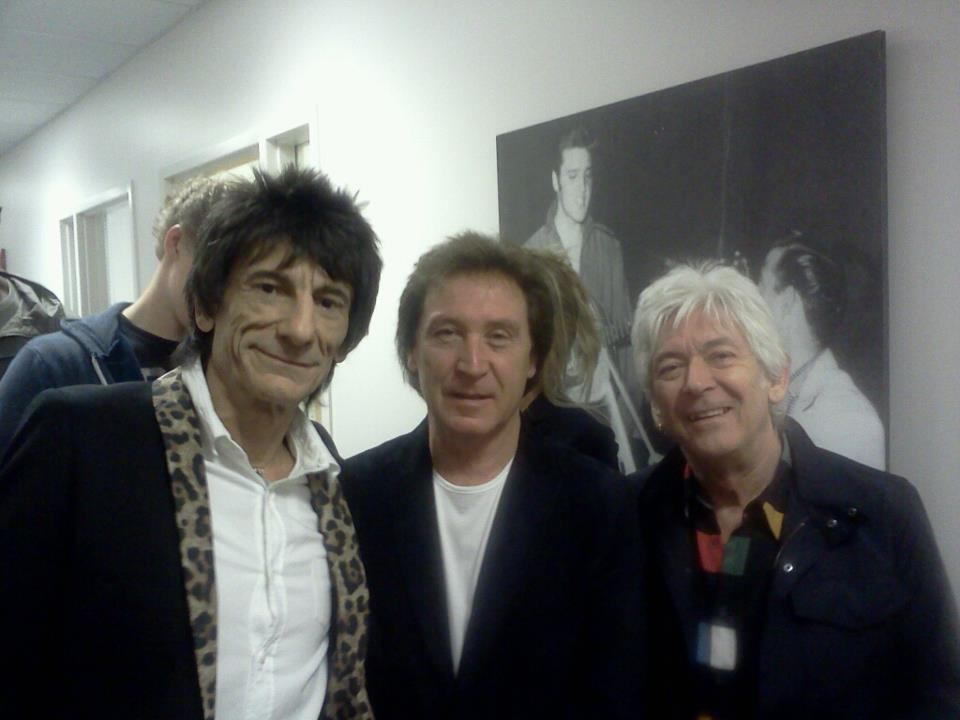 McLagan reuniting with Faces bandmates Ronnie Wood (left) and Kenney Jones (center) before a press conference at the Rock and Roll Hall of Fame. (Photo by Jo Rae Di Menno)