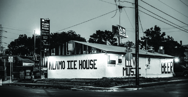 Alamo Ice House BBQ & Brew (Photo by Bea Simmons Photography)