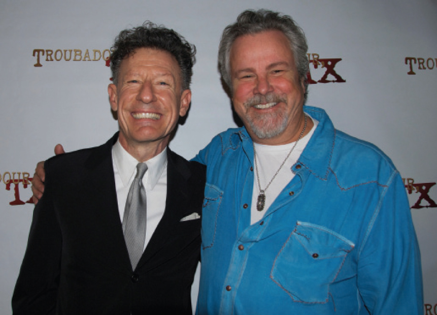Aggies done good: Lyle Lovett and Robert Earl Keen (Photo by Lynne Margolis)