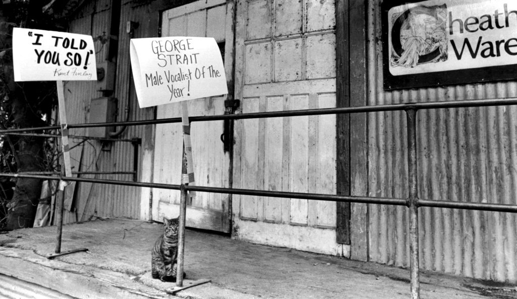 "Kent Finlay's ""I told you so!"" sign outside the club following George Strait's Male Vocalist of the Year CMA win in 1985. (Photo Courtesy of Cheatham Street Foundation Archive)"