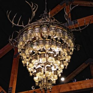 The Jack Daniels chandelier at Rio Brazos (Photo by Dave Hensley)