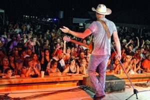 Kevin Fowler at Rio Brazos Music Hall (Photo by Dave Hensley)