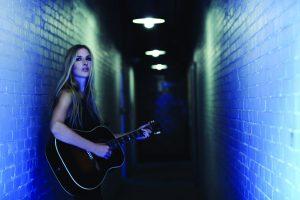 Holly Williams (photo by Kristin Barlowe)