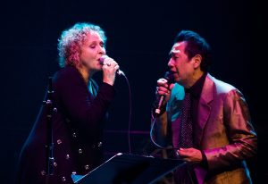 Julie Christensen and Alejandro Escovedo (Photo by Lynne Margolis)