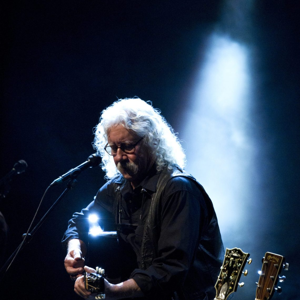 Arlo Guthrie at Bass Hall (Photo by Rachel Parker)