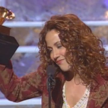 Sheryl Crow accepting her 1995 Grammy for Record of the Year. (From Grammy.com)