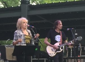 Lucinda Williams and Buick 6 guitarist Stuart Mathis (Photo by Richard Skanse)