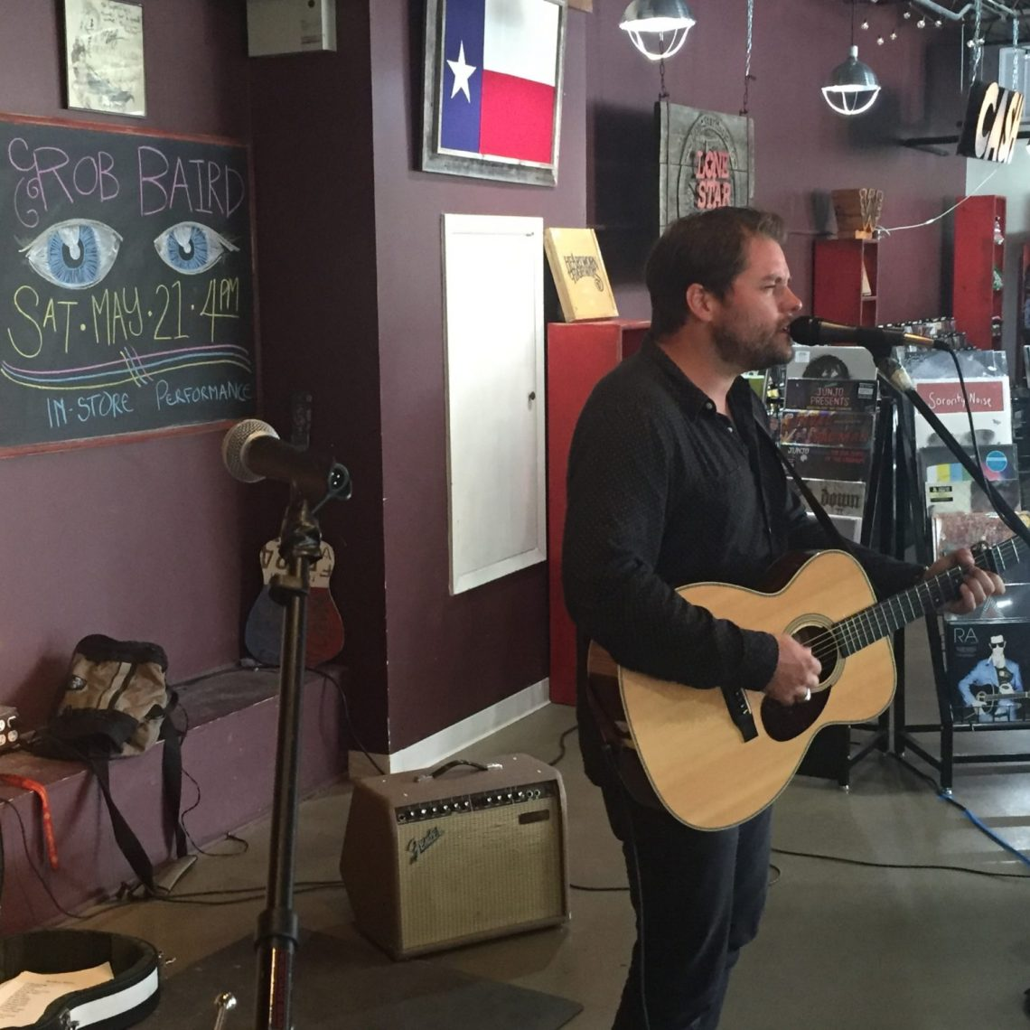 Rob Baird at Superfly's Lone Star Music Emporium in San Marcos, Texas. (Photo by Richard Skanse)
