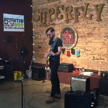 Robert Ellis at Superfly's Lone Star Music Emporium. (Photo by Richard Skanse)