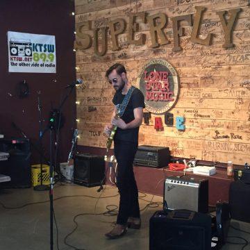Robert Ellis at Superfly's Lone Star Music Emporium. (Photo by Richard Skanse)