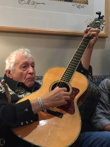 Ramblin' Jack Elliot backstage at the Ryman's salute to Guy Clark. (Photo by Kathleen Keen)