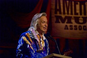 Mr. Americana himself, Jim Lauderdale, accepting his Lifetime Achievement Award. (Photo by Lynne Margolis)