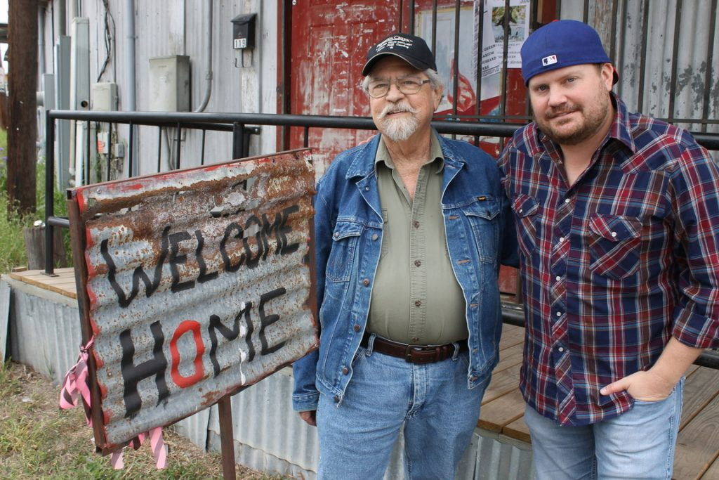 Welcome Home: Kent Finlay and Randy Rogers outside of Cheatham Street Warehouse. (Courtesy of Jenni Finlay)