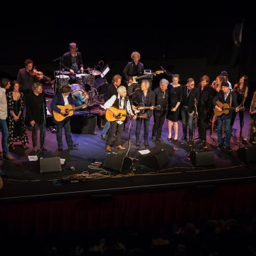 Old Friends: The all-star grand finale at the THSA's Homecoming Show. (Photo by Ted Parker Jr.)