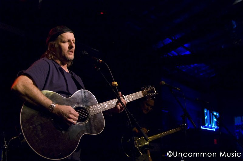 A Friend in Need: Jimmy LaFave at the 2010 Will Sexton benefit at Antone's. (Photo by Nichole Wagner/Uncommon Music)