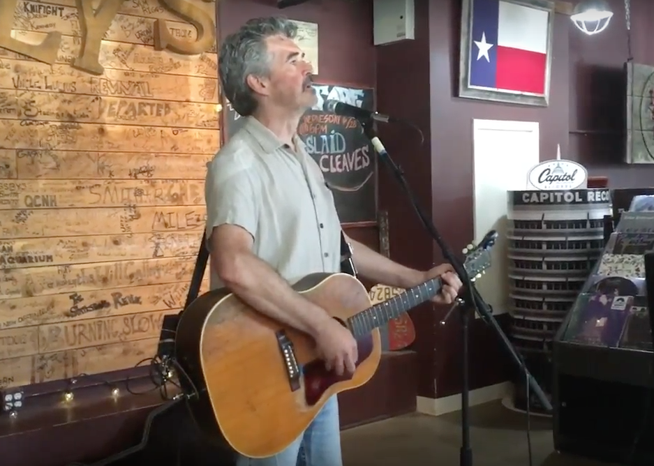 Slaid Cleaves at Superfly's Lone Star Music Emporium (Photo by Richard Skanse)