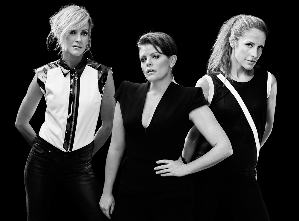 Photo by James Minchin (via www.dixiechicks.com)