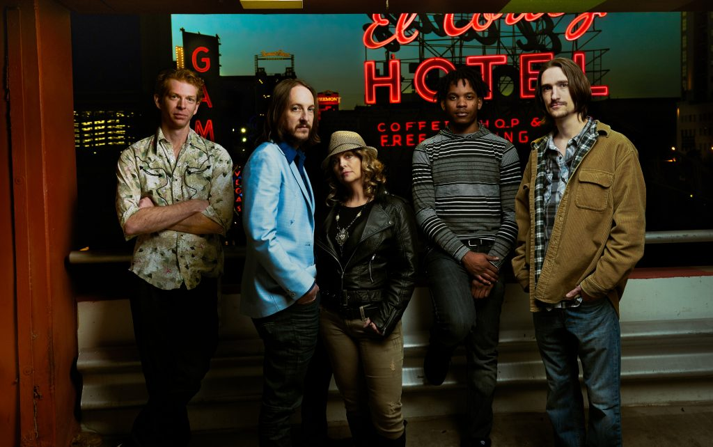 Sin City Songhearts: (from left) Pat Gray, Jeff Mix, Lee Ann Mix, Rahmaan Phillip, and Trevor Johnson. (Photo courtesy Jeff Mix)