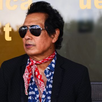 Alejandro Escovedo, outlaw for you. (Photo by Nancy Escovedo)