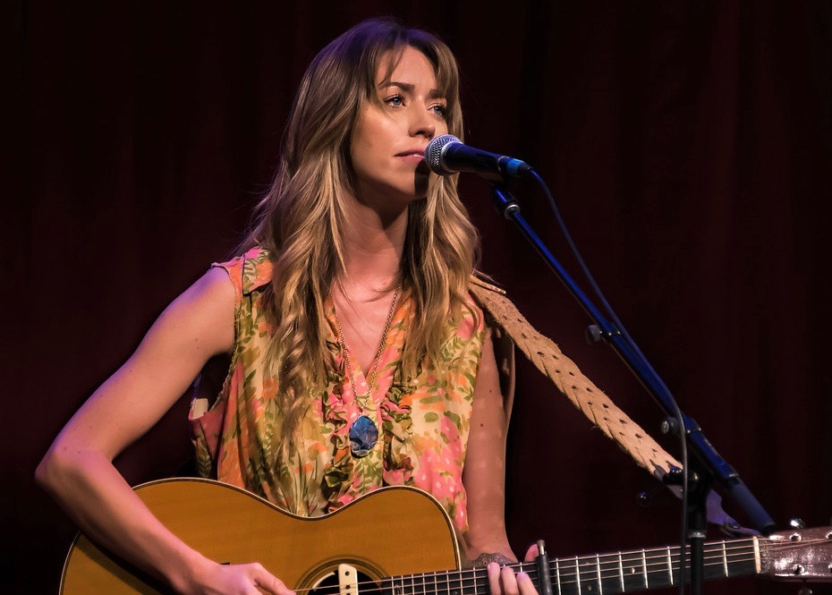 Kylie Rae Harris at the 2018 Richardson Wildflower Music Festival (Photo by Dave Hensley)